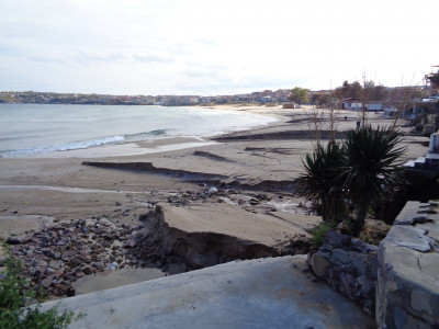 Плаж Харманите в Созопол след проливния дъжд