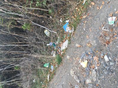 Мизерия и боклуци между Атия и Созопол