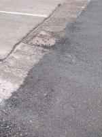 снимка 3 Дупки и липса на табели при ремонт на пътя в Искърското дефиле