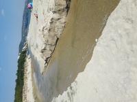 снимка 2 Багер руши пясъчните дюни на плаж Балтата