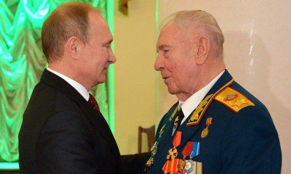 почина последният маршал съветския съюз дмитрий язов