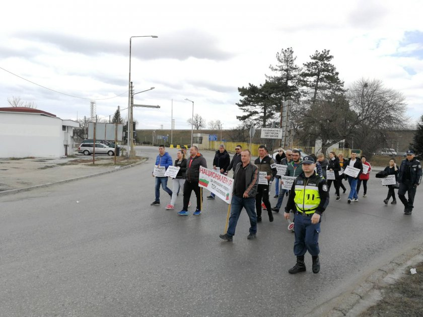 представители транспортни фирми протестираха дунав мост