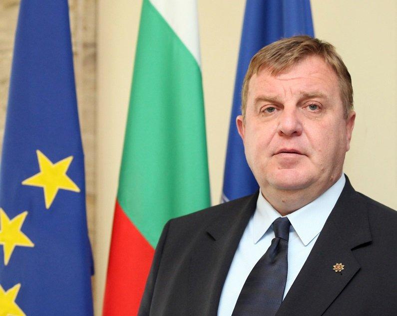 каракачанов ген боцев българската армия изгуби един пример подражание