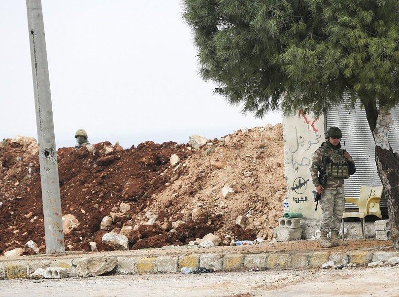 двама турски войници убити идлиб