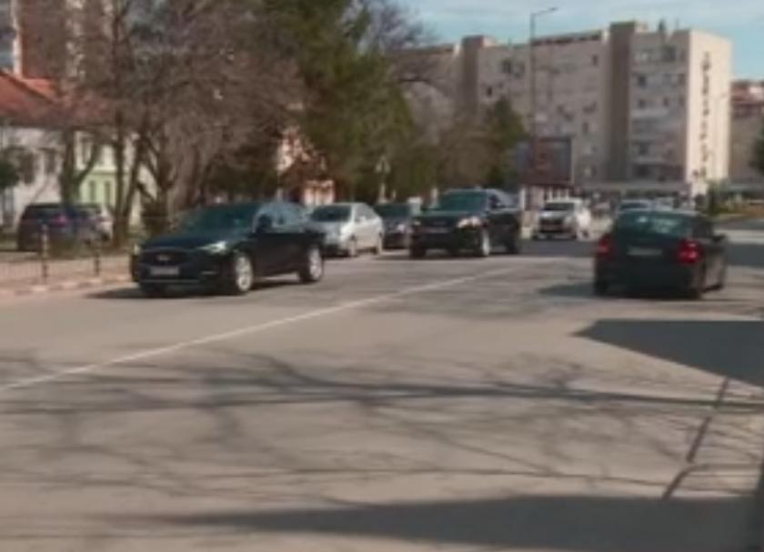 Никой не се е намесил при побоя над възрастен мъж от агресивен шофьор в Асеновград