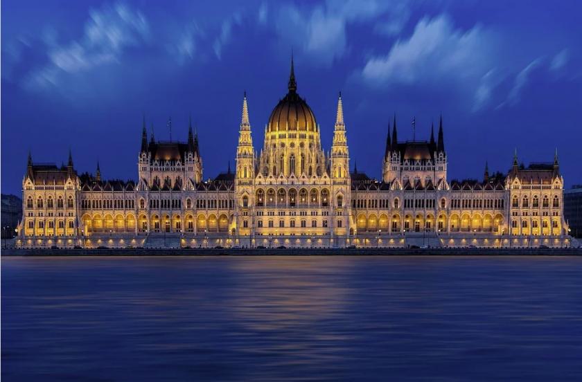 унгария дава млрд долара рестарт икономиката