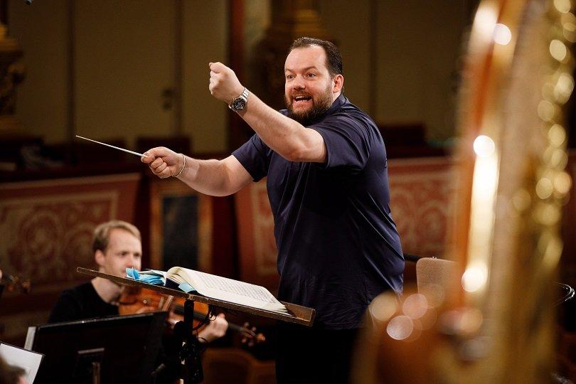 слушането класическа музика повишава успеха изпити