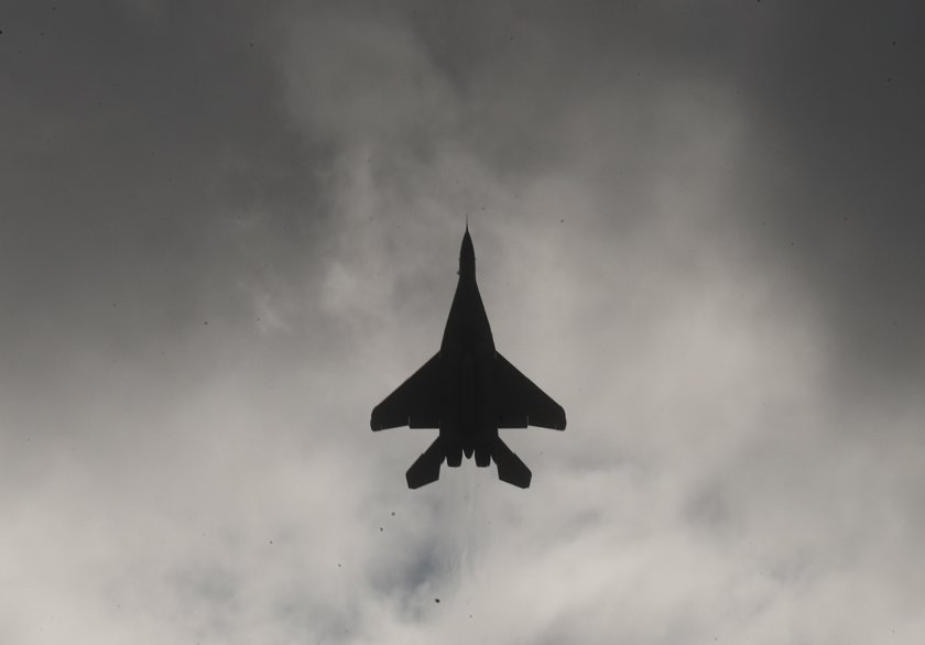 руски бомбардировачи черно море наши изтребители ескортират