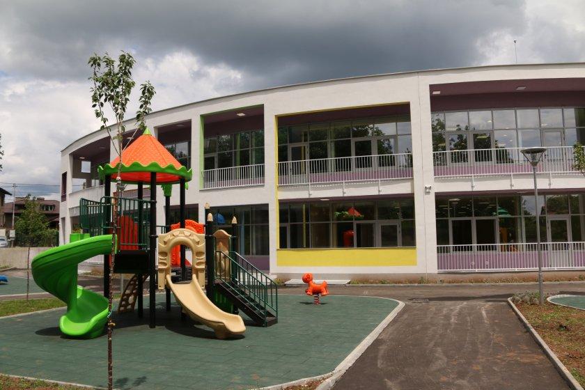 фандъкова момента строим детски градини