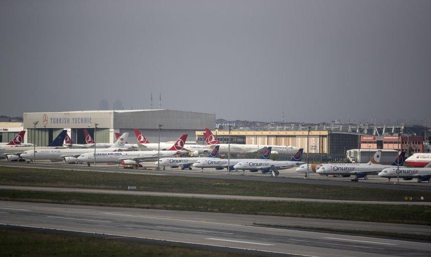 турция възобновява част вътрешните полети