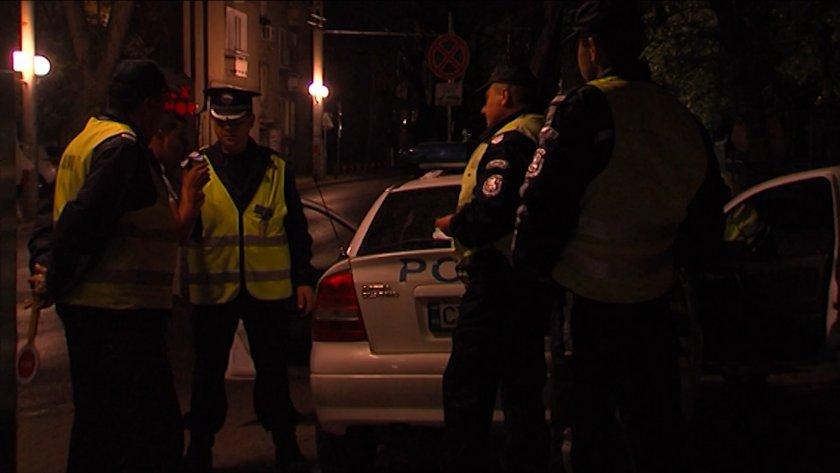 софия задържаха мъж издирван осъден затвор каналджийство гърция