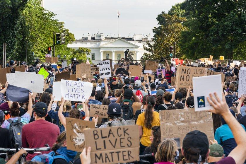 антирасистките протести сащ окажат фактор битката белия дом