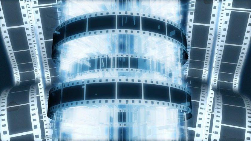 """Холивуд казва """"чао"""" на COVID: Кината отварят от 15 юли, първа премиера на филм - """"Мулан"""""""