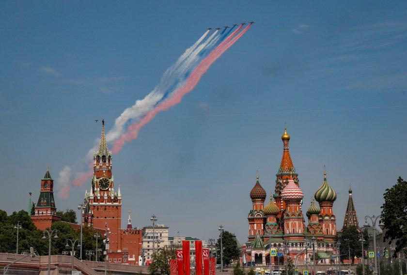 червения площад москва репетират парада снимки