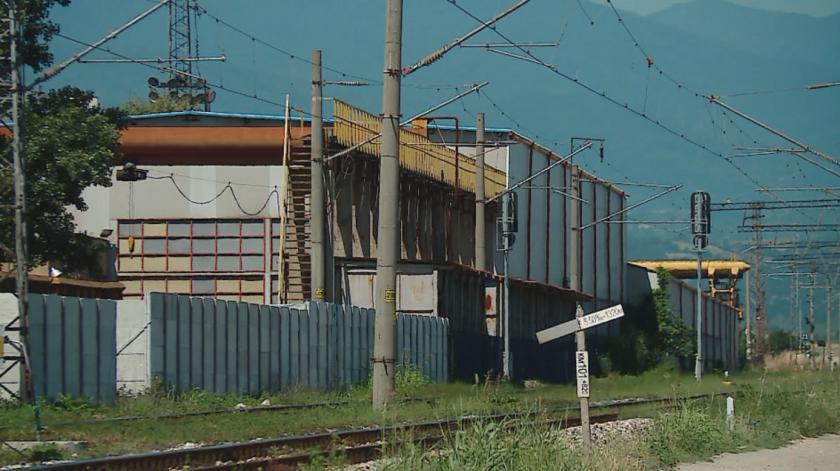 вагоноремонтният завод септември възобновява работа