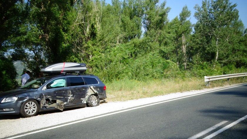 тир удари кола румънци симитли избяга