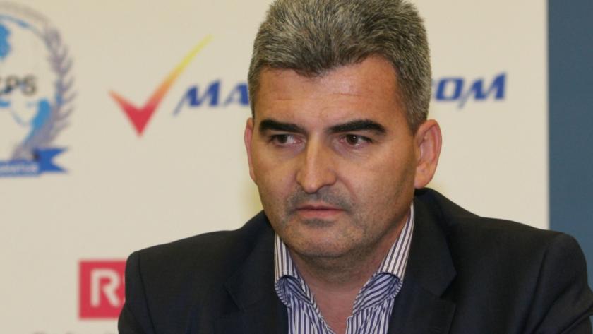 Правосъдното министерство започва проверка как осъденият Петър Ненов е чатил с Бобоков от затвора (ОБОБЩЕНИЕ)