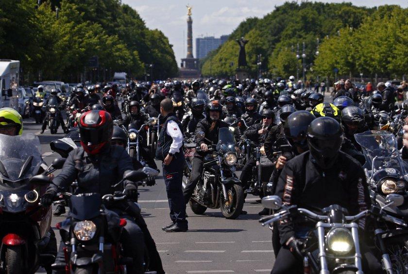 Мотоциклетисти на протест в Германия - забраняват им да карат през почивните дни