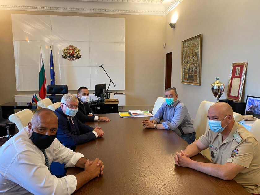 Щабът се срещна в Министерския съвет, готви се за възможно тежко развитие на COVID-19