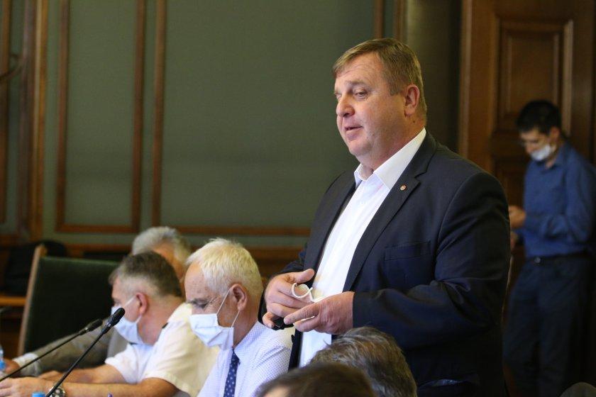 каракачанов предлага полк велко атанасов началник военна информация