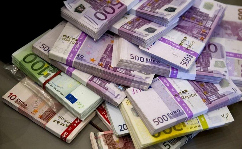ЕС отпуска 80 млн. евро на Северна Македония за борбата с COVID-19 - По света и у нас - БНТ Новини