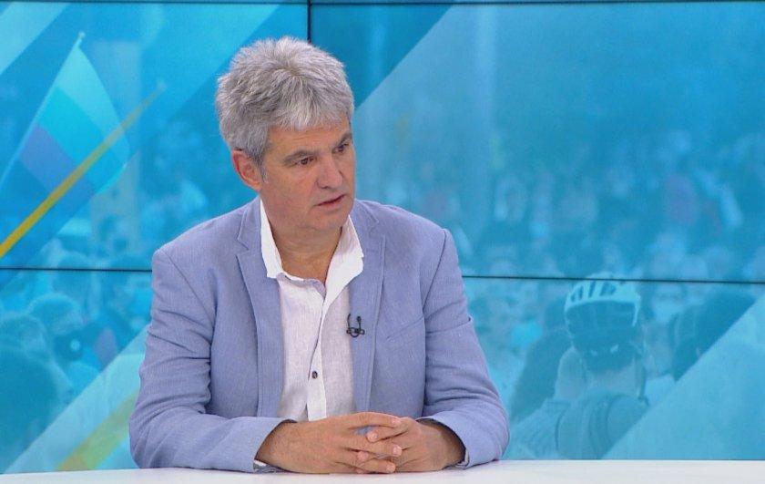 Пламен Димитров, президент на КНСБ: Властта да чуе площада
