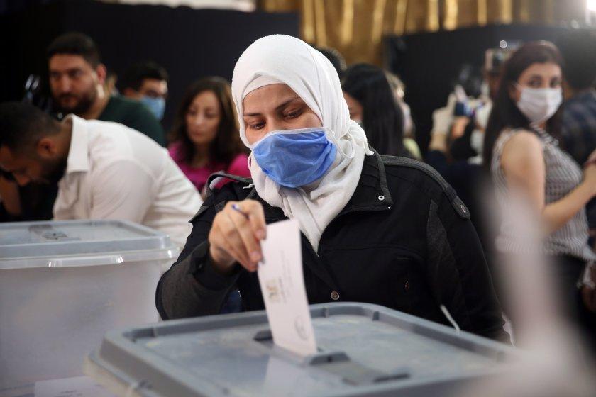 Сирия гласува на парламентарни избори