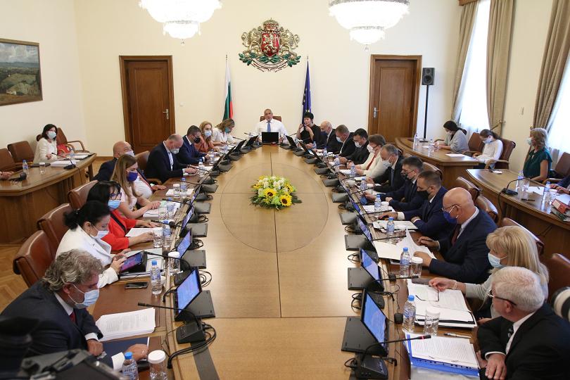 министерският съвет заседава онлайн заради дезинфекция сградата
