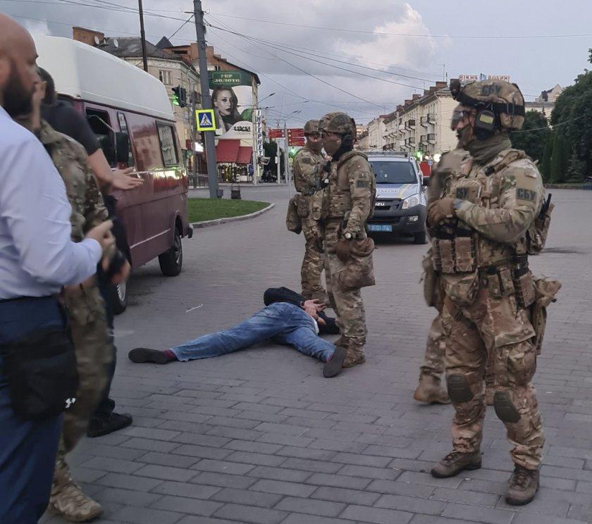 Филм с Хоакин Финикс сложи край на заложническата драма в Украйна