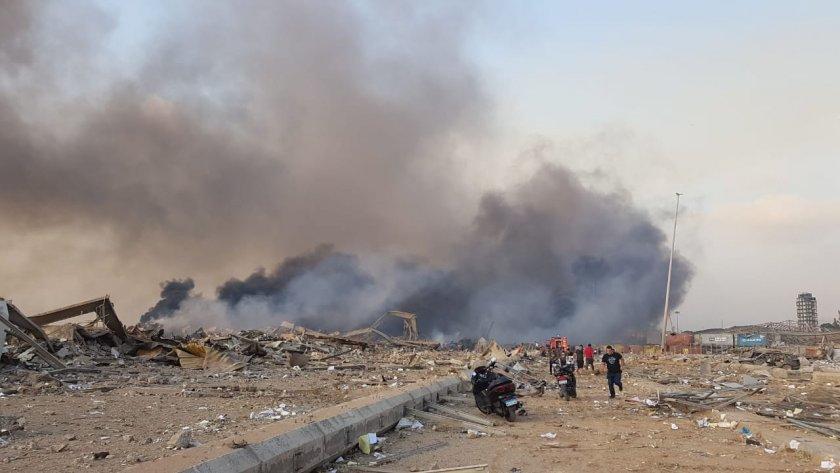 мощен взрив пристанището бейрут десетки ранени