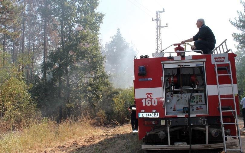 продължава участието военнослужещи гасенето пожарите хасковско