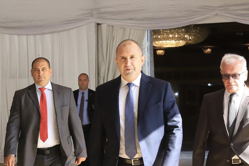 Президентът Радев: Наследството на катастрофиралата автокрация е изключително тежко (ОБЗОР)