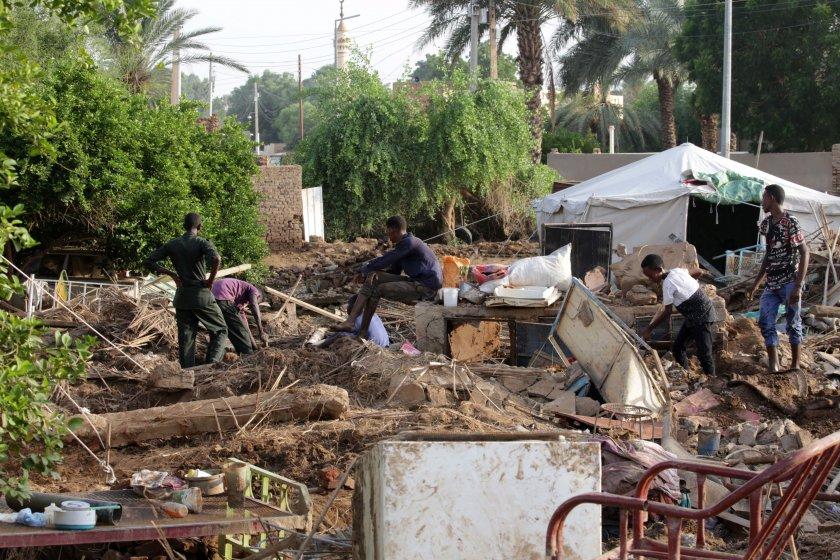 жертвите наводненията судан