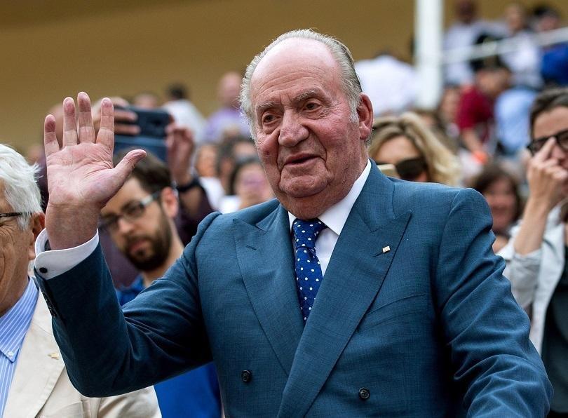 Бившият испански крал Хуан Карлос е в Абу Даби