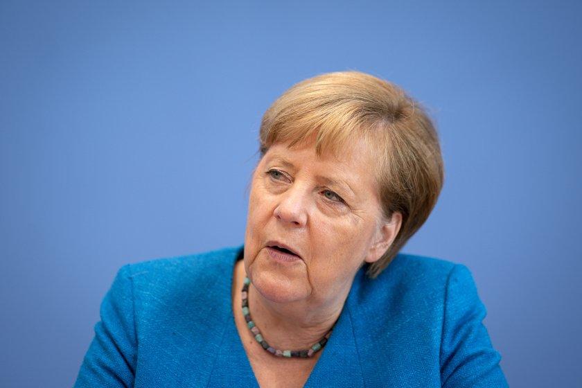 """Меркел: """"Северен поток-2"""" трябва да бъде завършен"""
