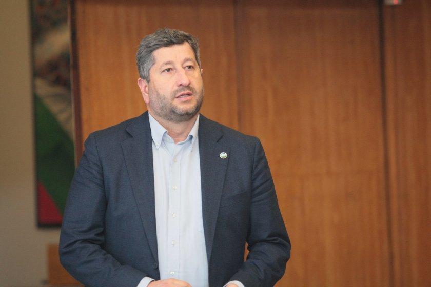"""Христо Иванов поиска проверка на сделката за """"Булгартабак"""""""