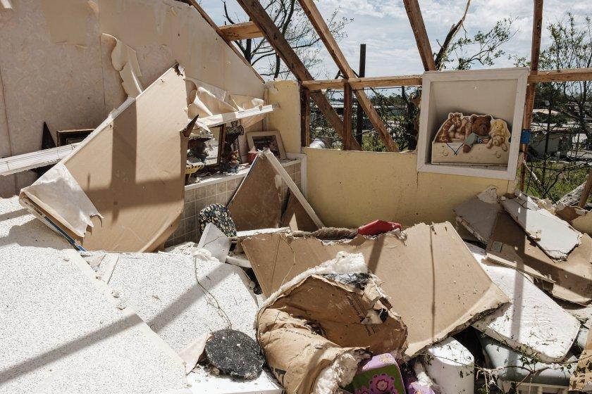 МВнР: Няма сигнали за българи, пострадали от урагана Лаура