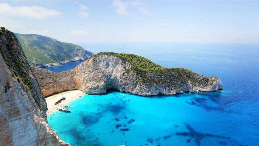 Гърция: Островите ни са безопасни за туристите