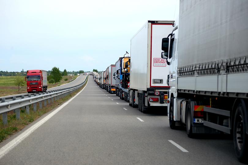 Износът на стоки от България за трети страни намалява с 9.4%