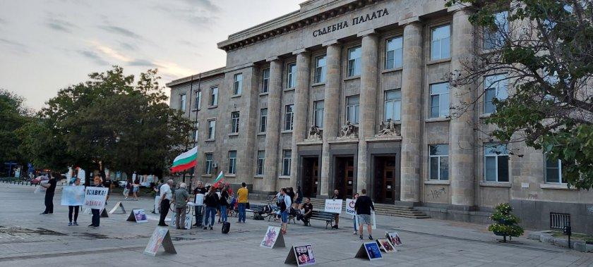 Русенци искат оставка на правителството с подписка, подготвят блокада на Дунав мост