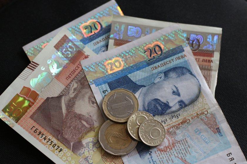 Каракачанов: Има договорка за увеличаване на най-ниските пенсии - По света и у нас - БНТ Новини