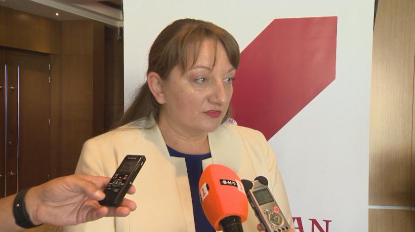 Социалният министър Деница Сачева е за преизчисляване на всички пенсии