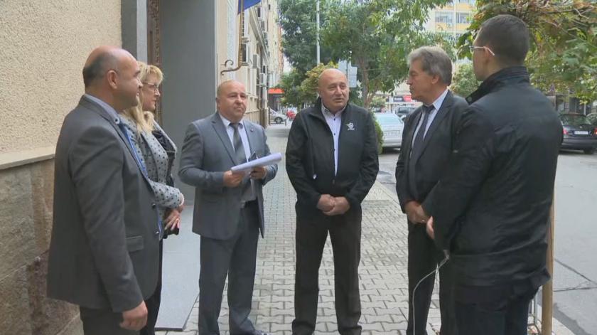 За промени в Закона за местното самоуправление се разбраха кметове с финансовия министър