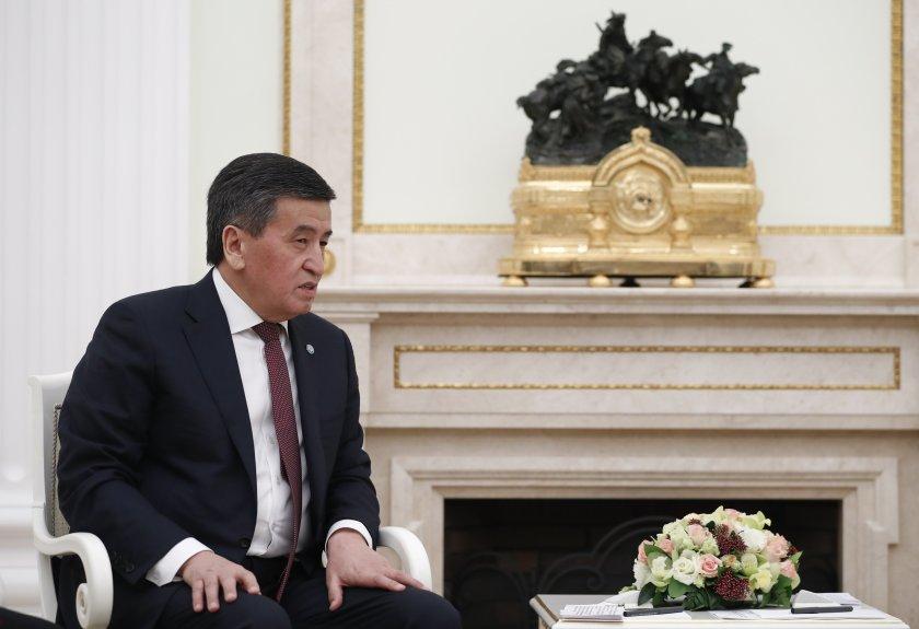 кризата киргизстан президентът жеенбеков готов оттегли