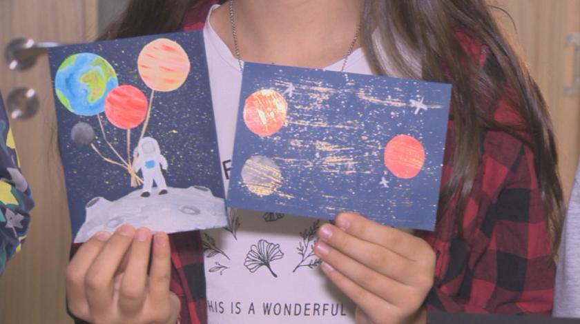 Ученици изпращат писма до Космоса