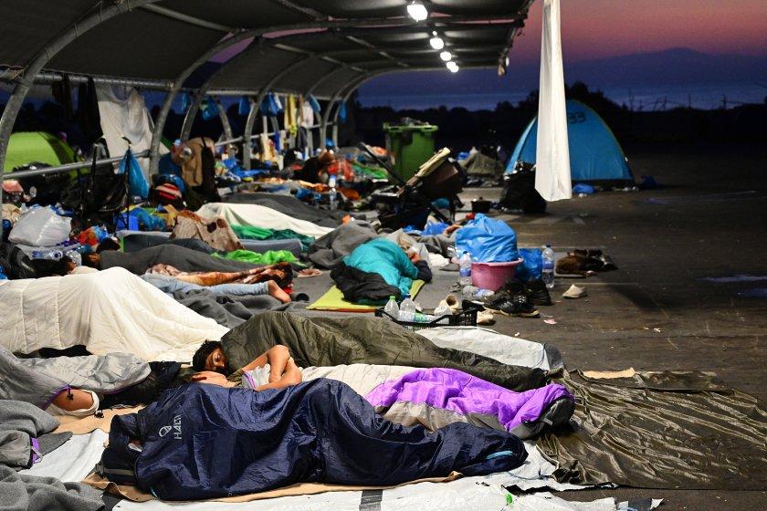 Гърция ще строи нов постоянен лагер на остров Лесбос