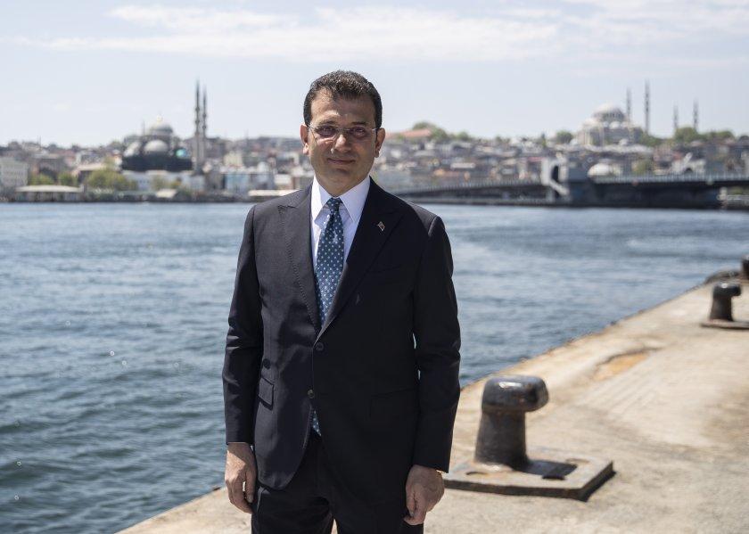 кметът истанбул заразен коронавирус