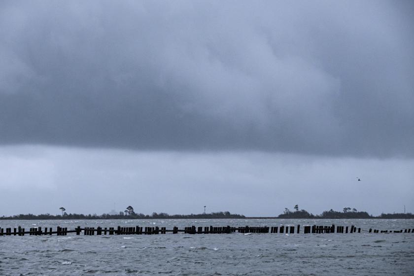ураганът зета връхлетя щата луизиана