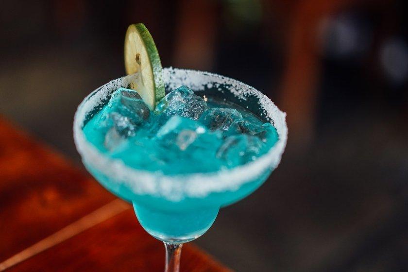 затварят нощните заведения баровете област благоевград