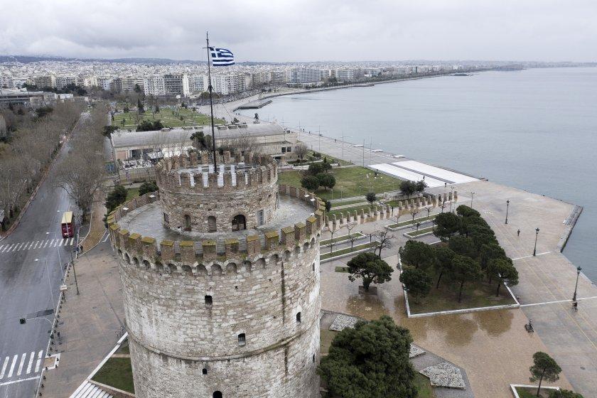 гърция въвежда строги мерки ноември